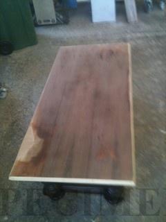 Notenhouten tafelblad fineer vervangen-01.jpg